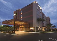 Home2 Suites by Hilton Florida City, FL - Florida City - Building