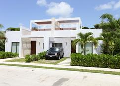 Bahia Principe Vacation Rentals-Green 3-Two-Bedroom Villas - Akumal - Edificio