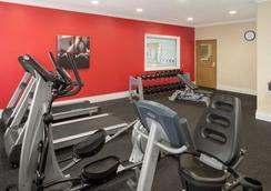 Country Inn & Suites Bloomington-Normal Airport - Bloomington - Γυμναστήριο