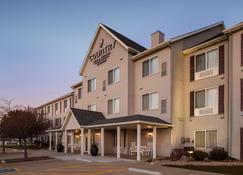 Country Inn & Suites Bloomington-Normal Airport - Bloomington - Κτίριο