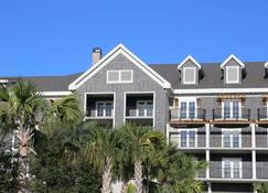 The Henderson, a Salamander Beach & Spa Resort - Destin - Building