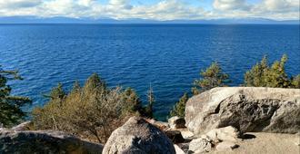 Holiday Inn Express South Lake Tahoe - South Lake Tahoe - Vista externa