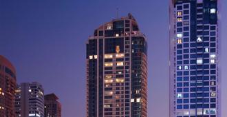 Mövenpick Hotel Jumeirah Lakes Towers - Dubai - Bygning