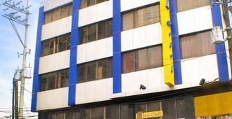 Fersal Hotel - P. Tuazon, Cubao - Quezon City - Building