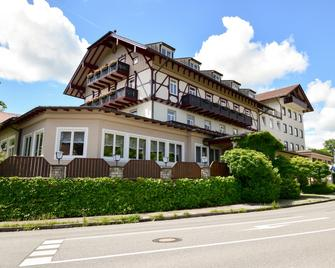 Hotel Seeblick - Bernried am Starnberger See - Building