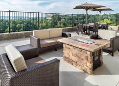 Fairfield Inn and Suites by Marriott Huntington - Huntington - Balcony
