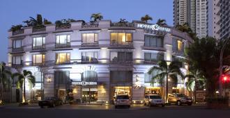 Hotel Celeste - מאקאטי סיטי - בניין