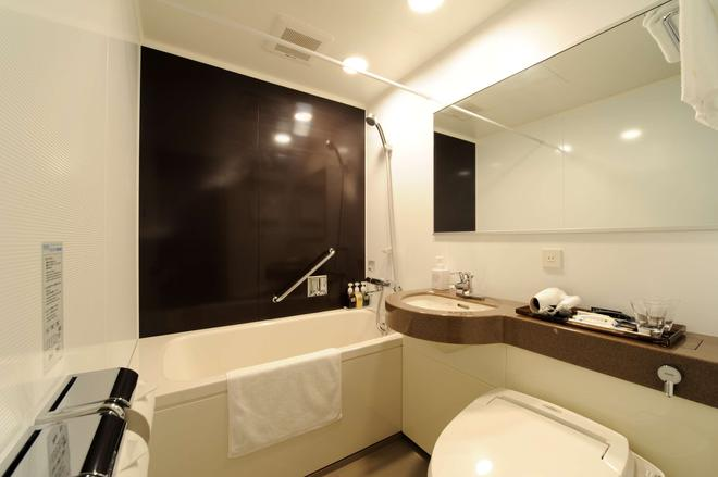 Best Western Hotel Fino Osaka Shinsaibashi - Osaka - Bathroom