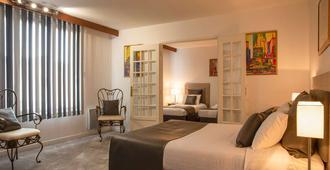 The Originals Boutique, Hôtel Clos Sainte Marie, Nevers (Inter-Hotel) - Nevers - Bedroom