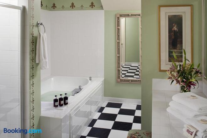 Fairview Inn - Jackson - Bathroom