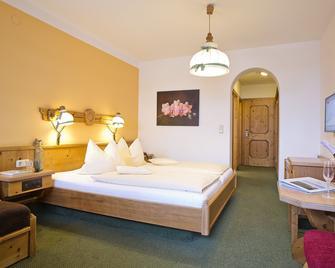 Scharlers Boutique Hotel - Uttendorf - Bedroom
