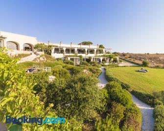 Le Capase Resort - Santa Cesarea Terme - Byggnad