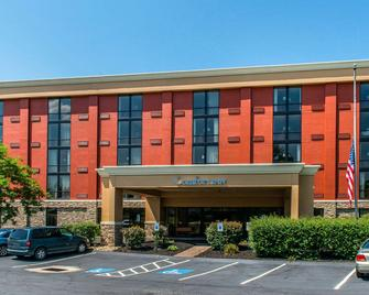 Comfort Inn Cranberry Twp - Mars - Building