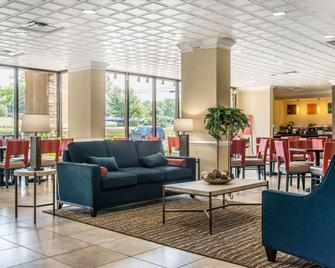 Comfort Inn Cranberry Township - Mars - Lobby