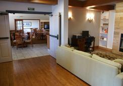 Country Inn & Suites by Radisson, Lansing, MI - Lansing - Hành lang