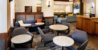 Hyatt Place Charlotte Arrowood - Charlotte - Lounge