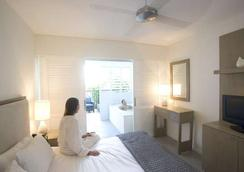 Peppers Beach Club Port Douglas - Port Douglas - Bedroom