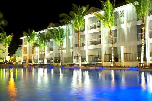 Peppers Beach Club - Port Douglas - Building