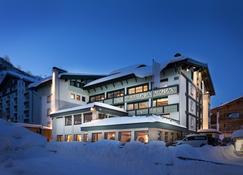 Hotel Albona Nova - Zürs - Bâtiment