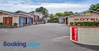 Tourist Court Motel Whakatane - Whakatane
