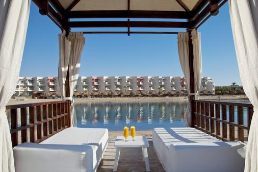 Sunrise Crystal Bay Resort - Hurghada - Parveke