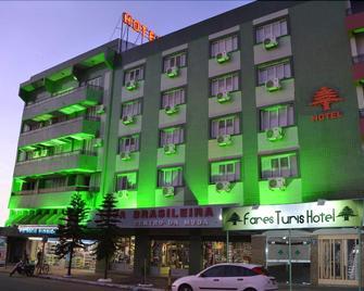 Fares Turis Hotel - Uruguaiana - Building