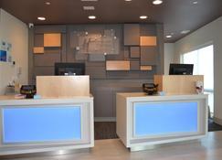 Holiday Inn Express & Suites Goodlettsville N - Nashville - Goodlettsville - Recepción