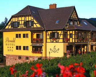 호텔 아놀드 이테스빌레 - 오베르네 - 건물
