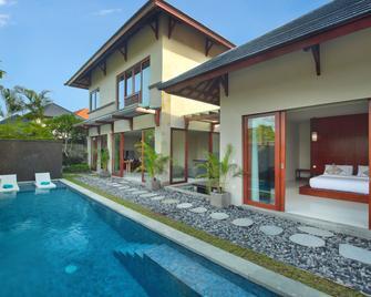 Theanna Eco Villa and Spa - North Kuta - Pool