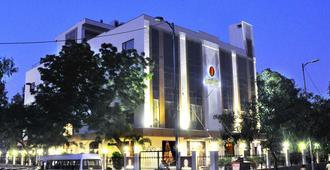 Hotel Jivitesh - New Delhi - Rakennus