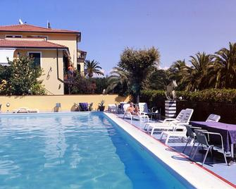 Hotel Della Baia - Portovenere - Piscina