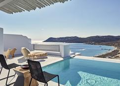 Royal Myconian - Leading Hotels of the World - Elia - Pool