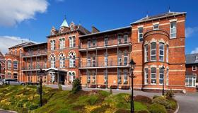 Ambassador Hotel & Health Club Cork - Cork - Edificio