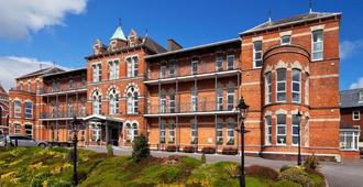 Ambassador Hotel & Health Club Cork - Cork - Edificio