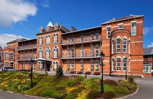 New Ambassador Hotel & Health Club - Cork - Toà nhà