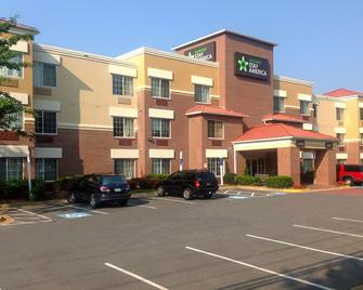 Extended Stay America - Washington, D.C. - Tysons Corner - Vienna - Building