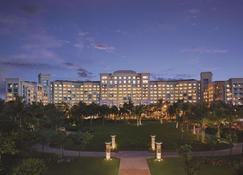海口香格里拉大酒店(天然温泉+室内外泳池+迷你吧欢迎饮品) - 海口 - 建築