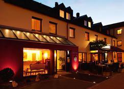 Hotel Restaurant Weihenstephaner Stuben - Landshut - Building