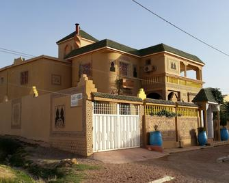 Riad Villa Midelt - Midelt - Building