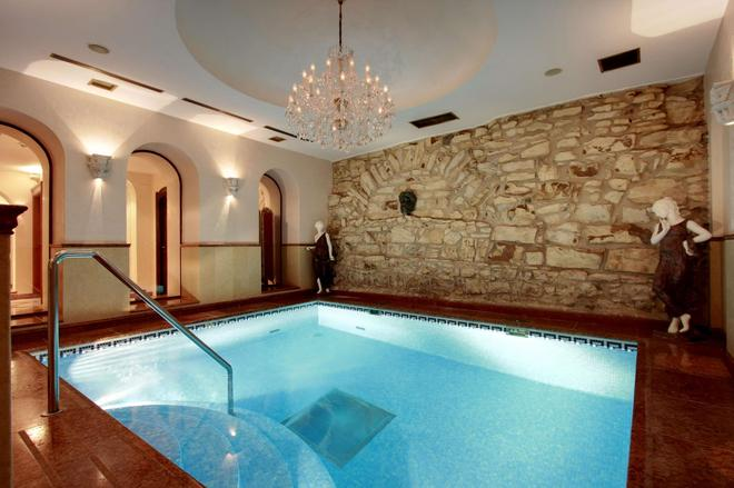 Alchymist Grand Hotel And Spa - Prague - Pool