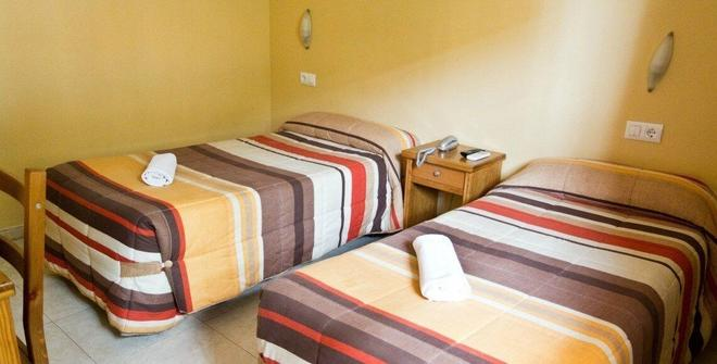 Hotel Maria Luisa - Algeciras - Makuuhuone