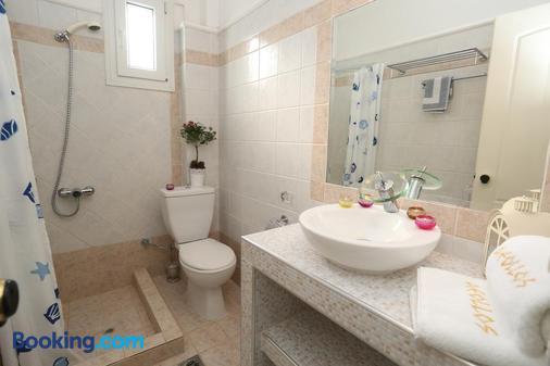 Hotel Aeollos - Pefkochori - Bathroom