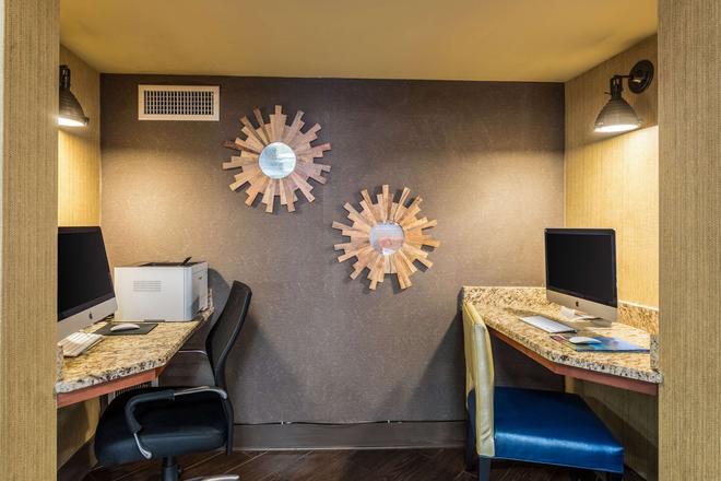Comfort Inn - Tupelo - Liikekeskus