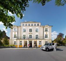 拉佩遜娜莉亞整體水療酒店 - 瑪麗安斯基蘭澤