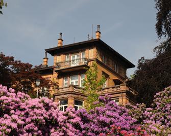 Villa Junghans - Schramberg - Building