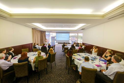 Best Western Plus Hovell Tree Inn - Albury - Business center