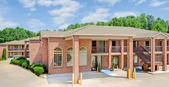 Super 8 by Wyndham Acworth/Atlanta Area - Acworth - Bâtiment