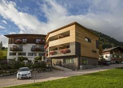 Hotel Dolomitenblick - Terento - Building