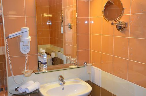 Aurora Premier Hotel - Kharkiv - Phòng tắm