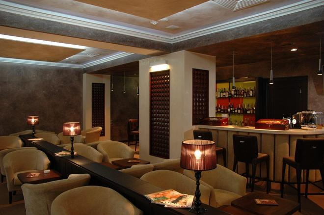 Aurora Premier Hotel - Jarkov - Bar